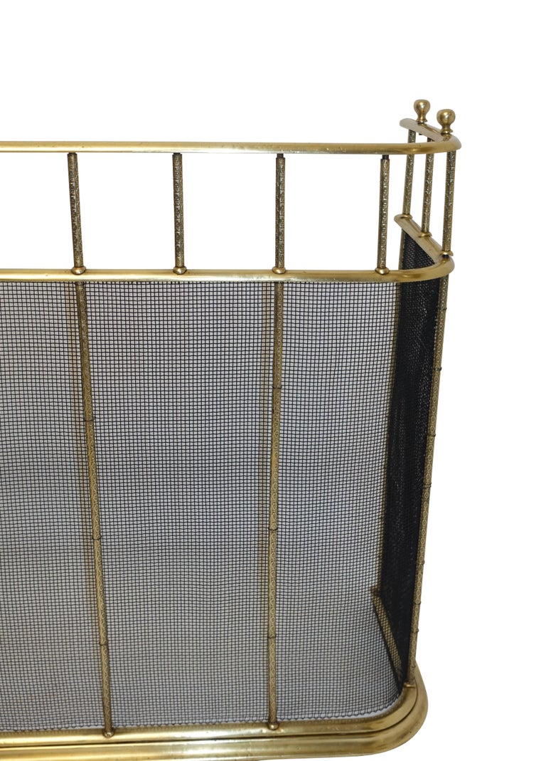 Large Brass Fireplace Screen with Repose Supports, England 19th Century In Excellent Condition For Sale In San Francisco, CA
