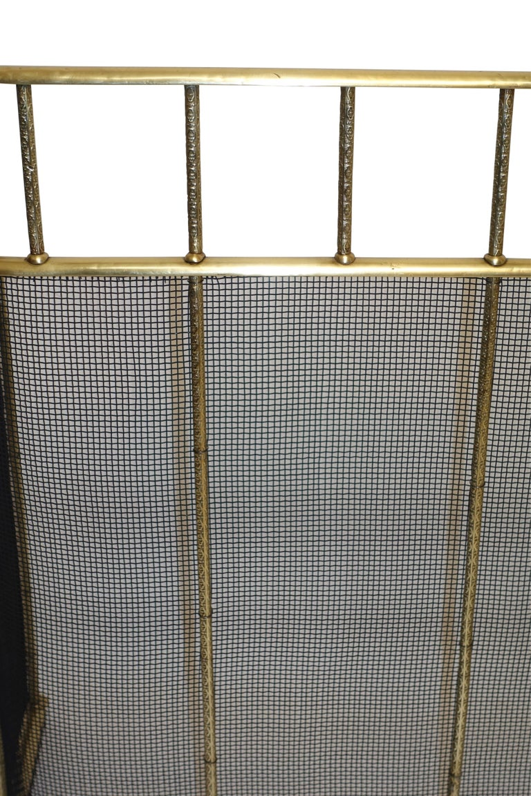 Large Brass Fireplace Screen with Repose Supports, England 19th Century For Sale 4