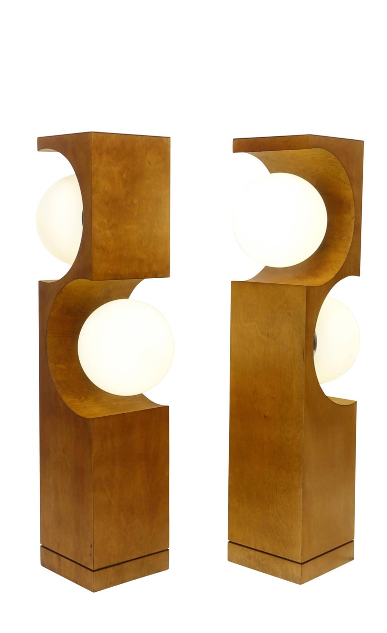 Mid-Century Modern Pair of Mid-20th Century Milo Baughman Wood Cut-Out Lamps For Sale
