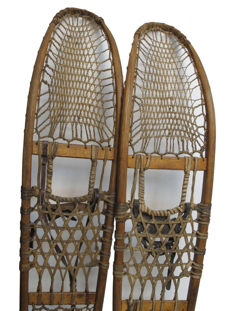 Pair of Antique Snowshoes, American, circa 1930 For Sale 1