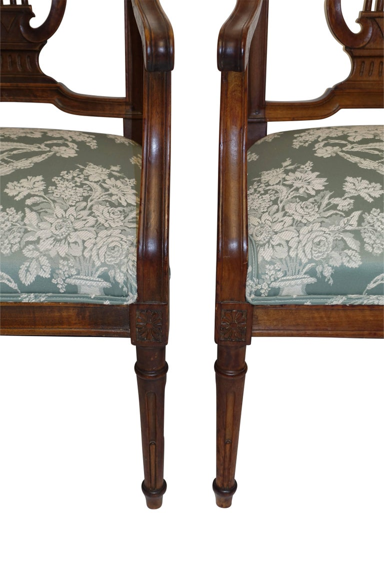 Pair of Neoclassical Walnut Armchairs, Italy, 18th Century In Excellent Condition For Sale In San Francisco, CA