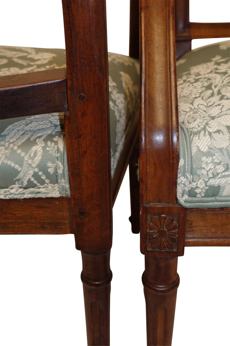 18th Century and Earlier Pair of Neoclassical Walnut Armchairs, Italy, 18th Century For Sale