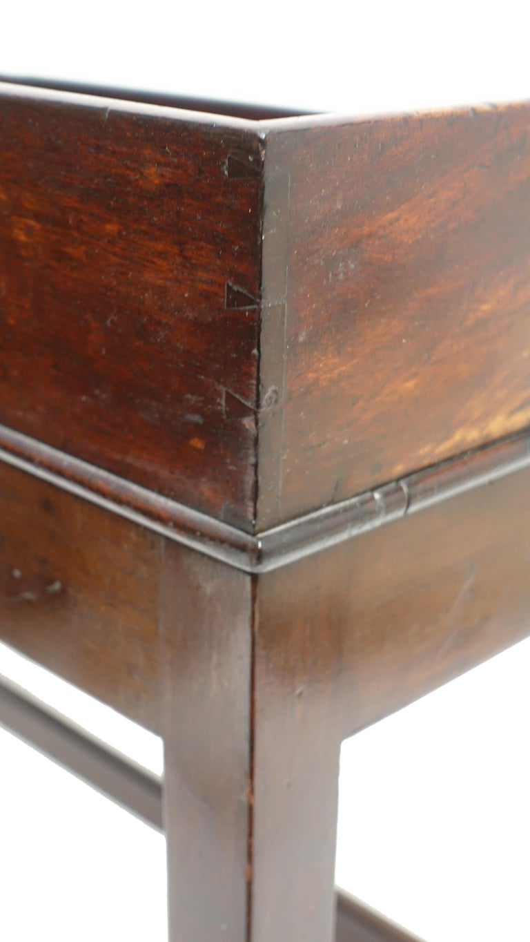 Georgian Mahogany Butlers Tray on Stand Coffee Table, English, circa 1840 For Sale 3