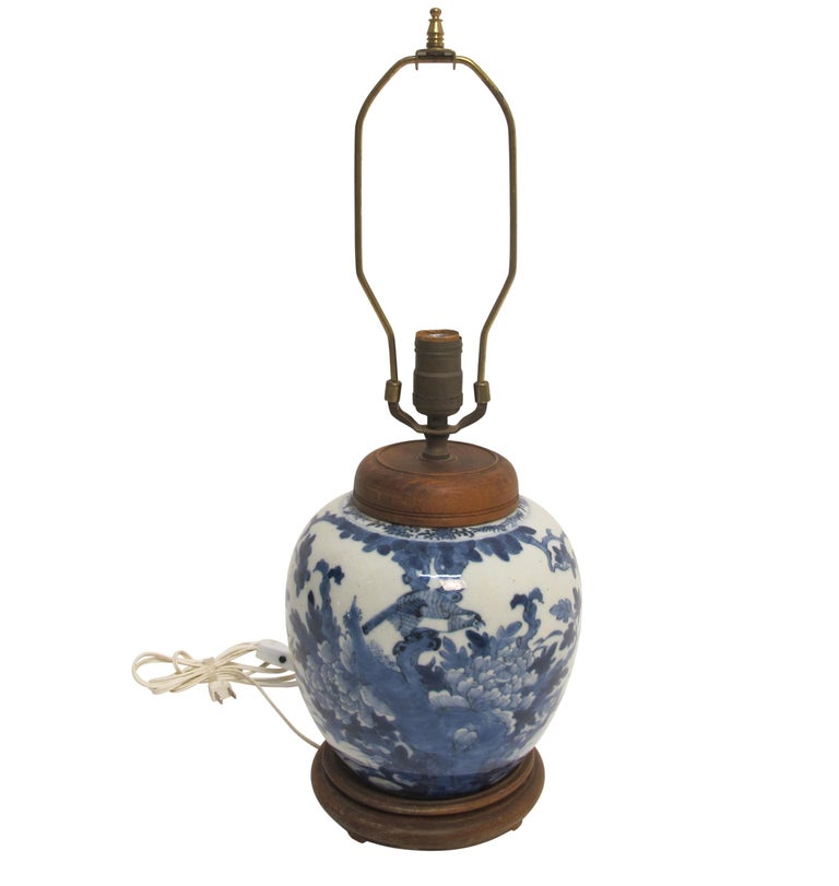 Chinese Blue and White Ginger Jar Lamp, 19th Century In Excellent Condition For Sale In San Francisco, CA