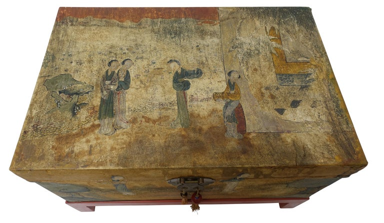 Chinese Export Hand-Painted Leather Trunk on Stand, Early 20th Century For Sale 1