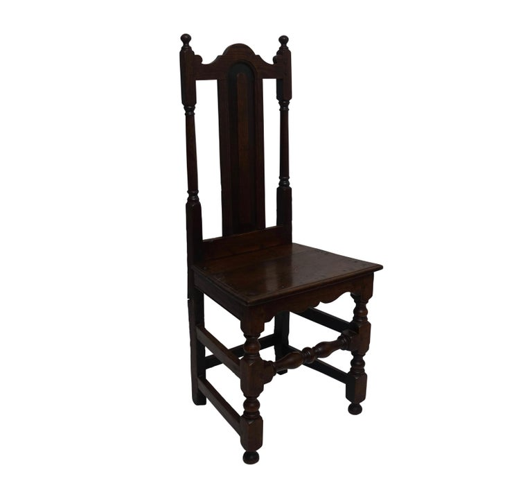 Oak Renaissance Side Chair or Desk Chair, English, circa 1730 In Excellent Condition For Sale In San Francisco, CA