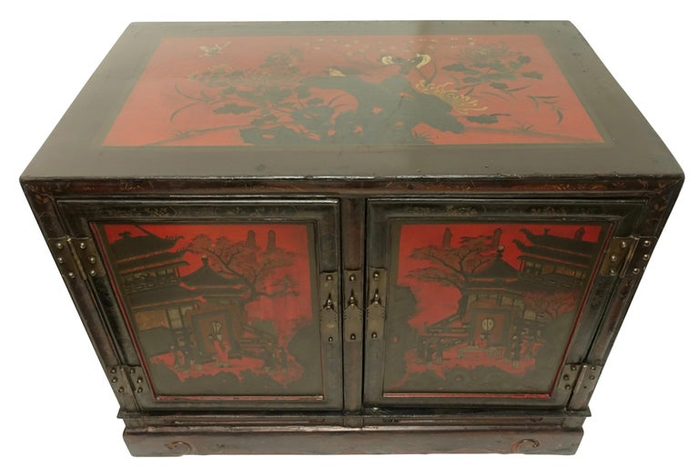 Lacquered Pair of Chinese Lacquer Robe Cabinets, Qing Dynasty, circa 1840 For Sale