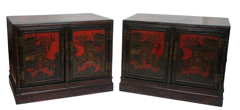 Pair of Chinese Lacquer Robe Cabinets, Qing Dynasty, circa 1840 For Sale 5