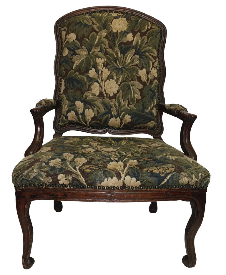 Country Walnut Fauteuil Armchair, Italian, 18th Century For Sale