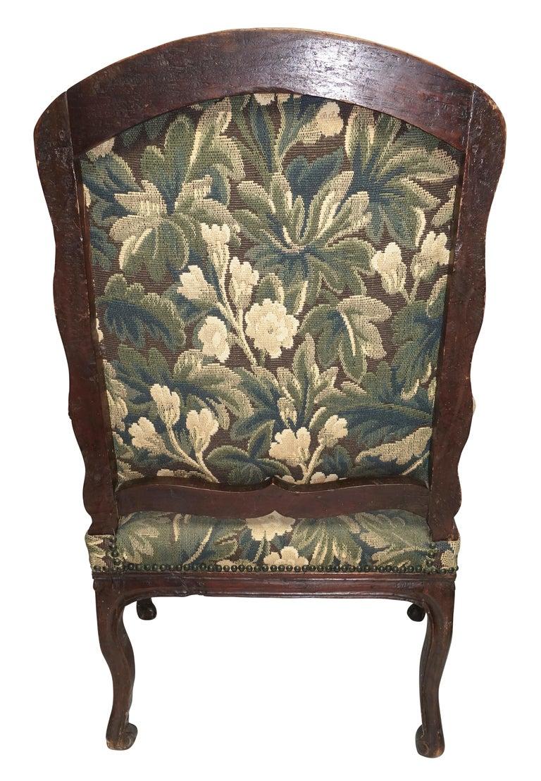 Walnut Fauteuil Armchair, Italian, 18th Century For Sale 6