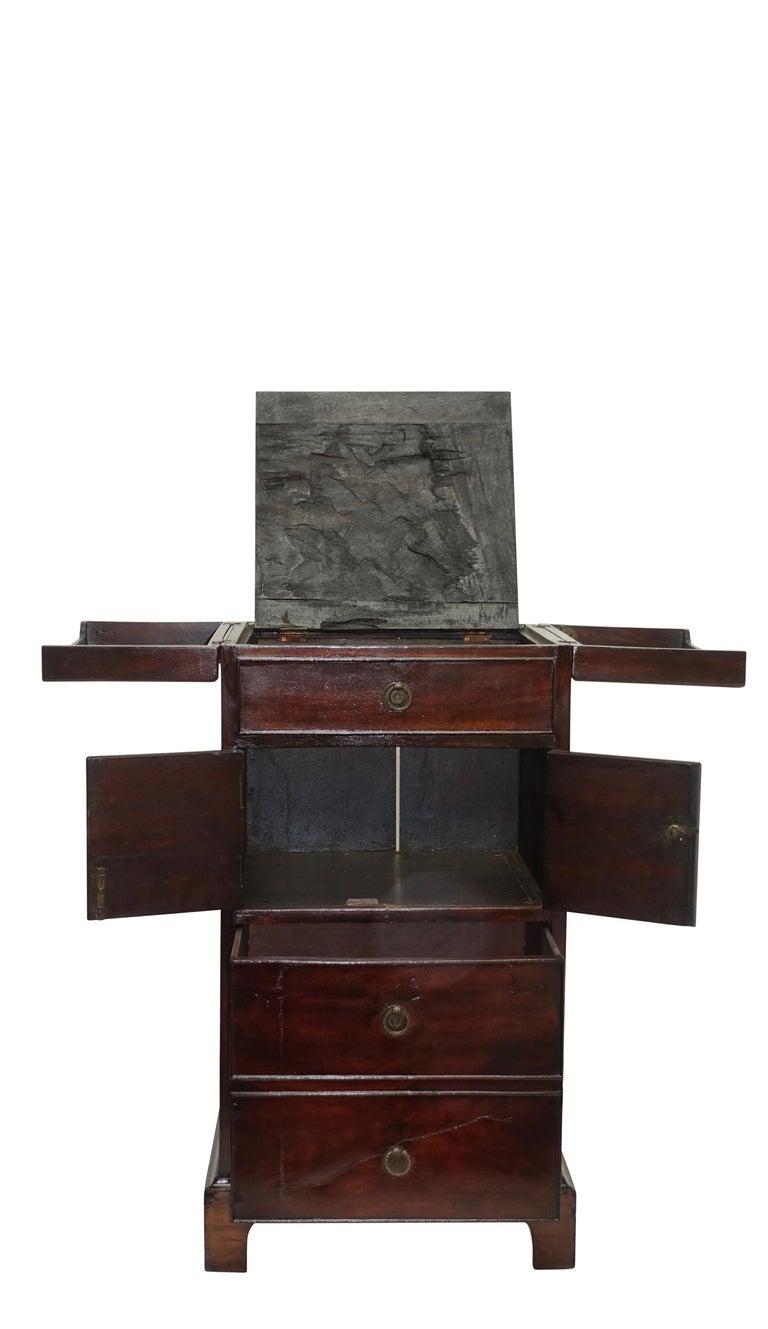 Georgian Mahogany Gentleman's Washstand, English, circa 1800 For Sale 2