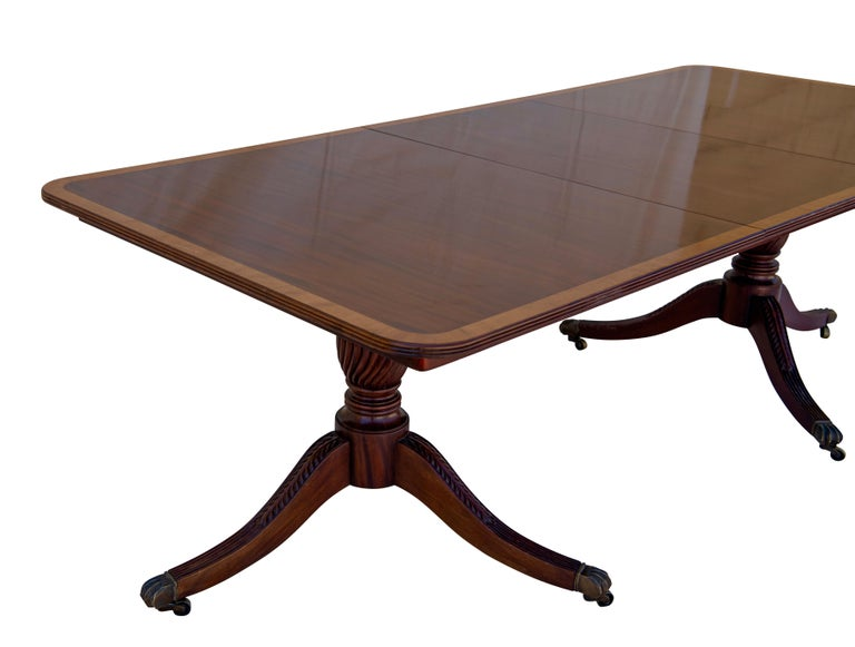 English George III Mahogany Banquet Dining Table, Early 19th Century For Sale 4