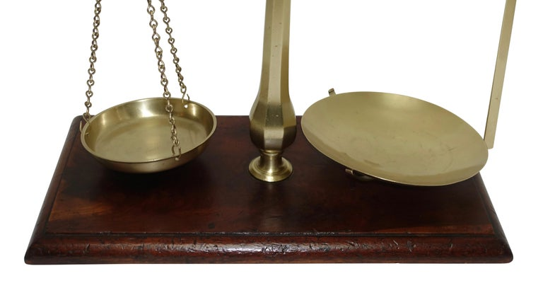 Brass Merchants Scale on Mahogany Base with Weights, English, 19th Century In Good Condition For Sale In San Francisco, CA