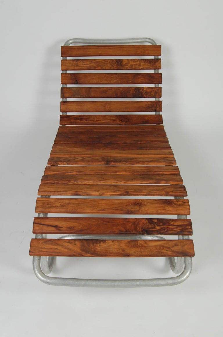 Mid-20th Century Modernist / Bauhaus Style Chaise in Aluminum and Claro Walnut For Sale