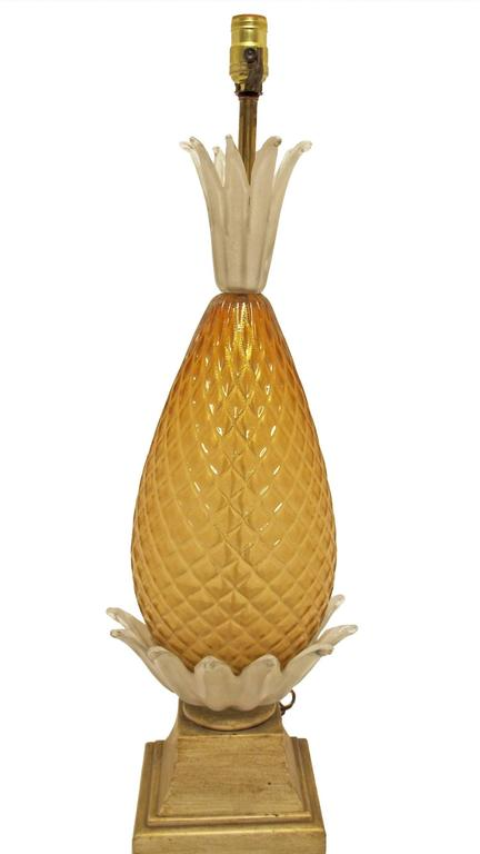 Large impressive Italian glass lamp in the shape of a pineapple on painted wood plinth. Attributed to Barovier & Toss, Italy, mid-20th century. Newly re-wired.