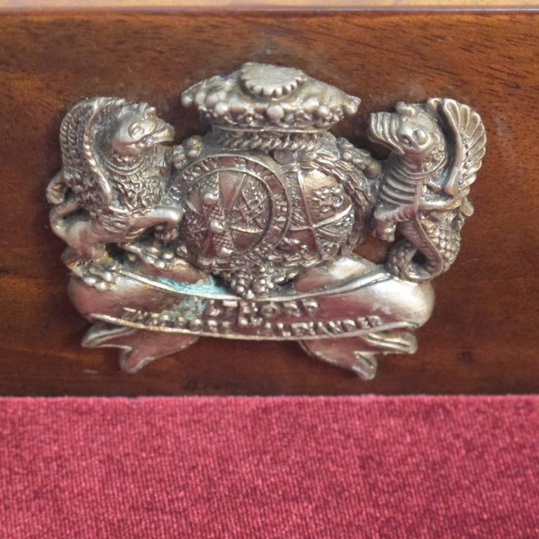 English Mahogany and Bronze Vitrine For Sale 4