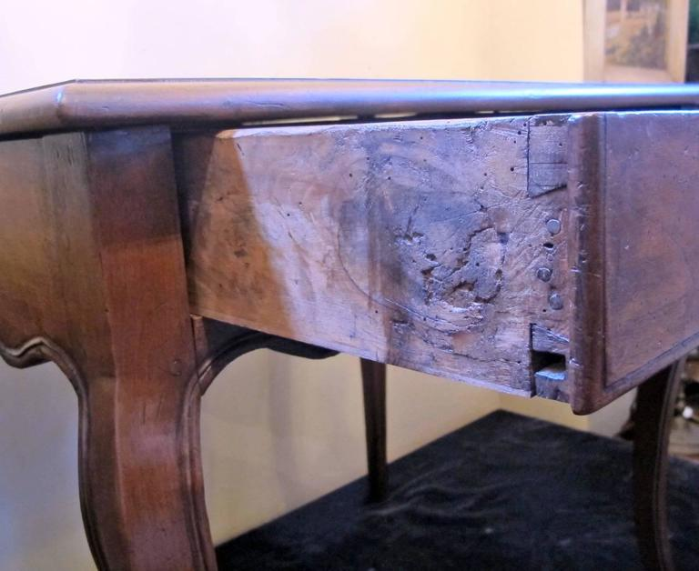 18th Century French Louis XVI Writing Table or Desk For Sale 3