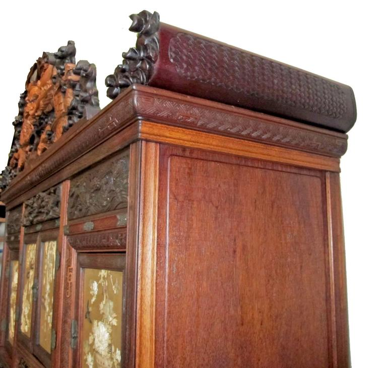 Japanese Shibayama Cabinet, Meiji Period For Sale 4