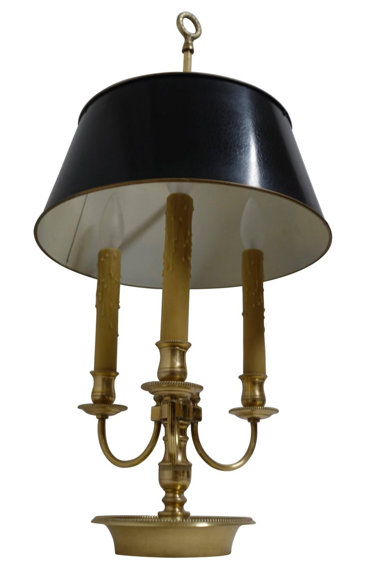 French Louis XVI Style Brass Bouillotte Lamp For Sale 2