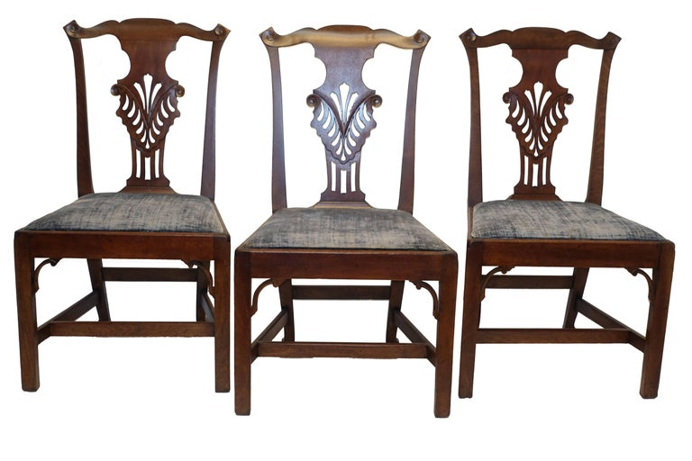 Set of Six Chippendale Style Walnut Dining Chairs circa 1800 4