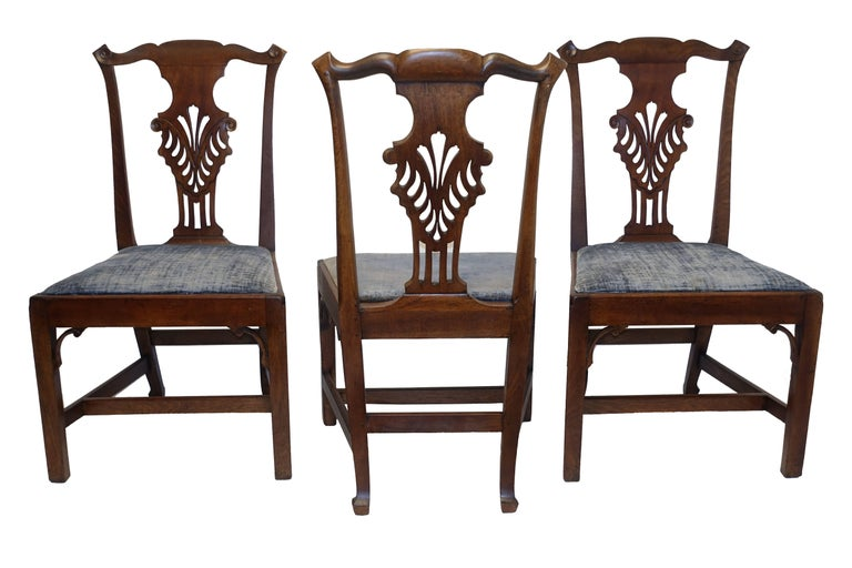 Set of Six Chippendale Style Walnut Dining Chairs circa 1800 5