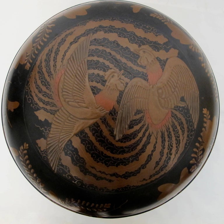 Hand-Painted Japanese Meiji Period Lacquered Lidded Bowl For Sale