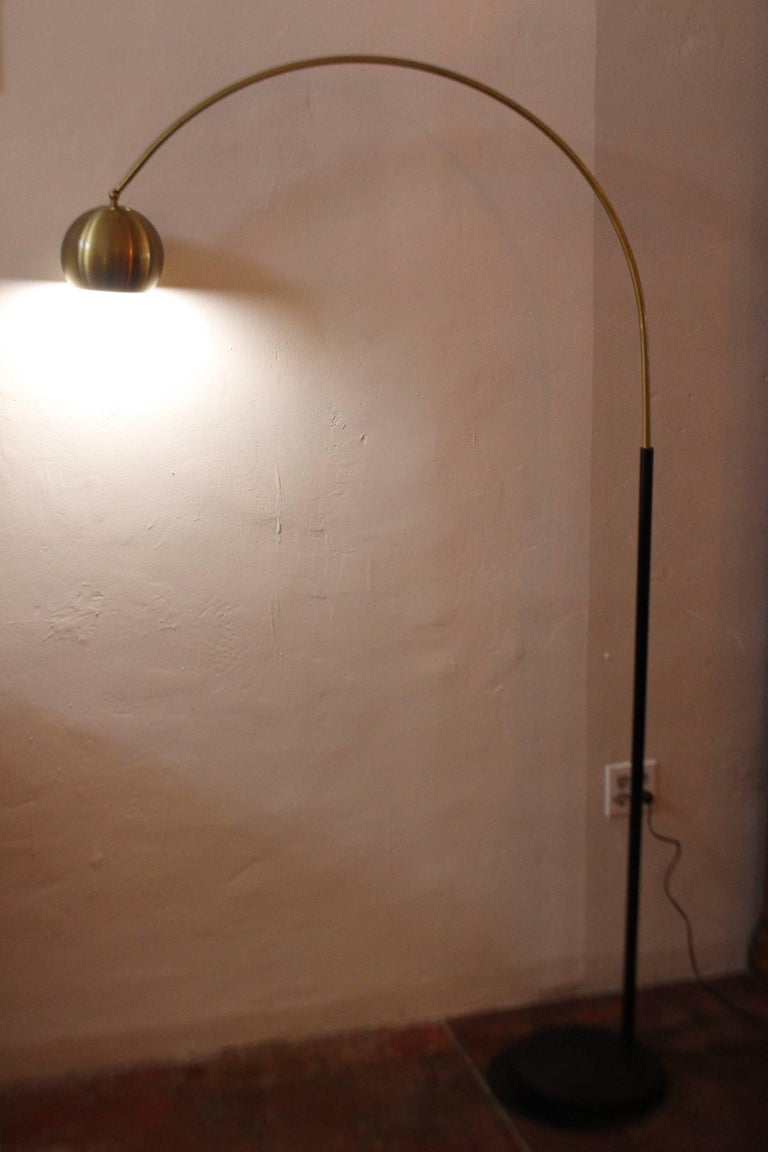 Mid-Century Modern Italian Arc Floor Lamp For Sale