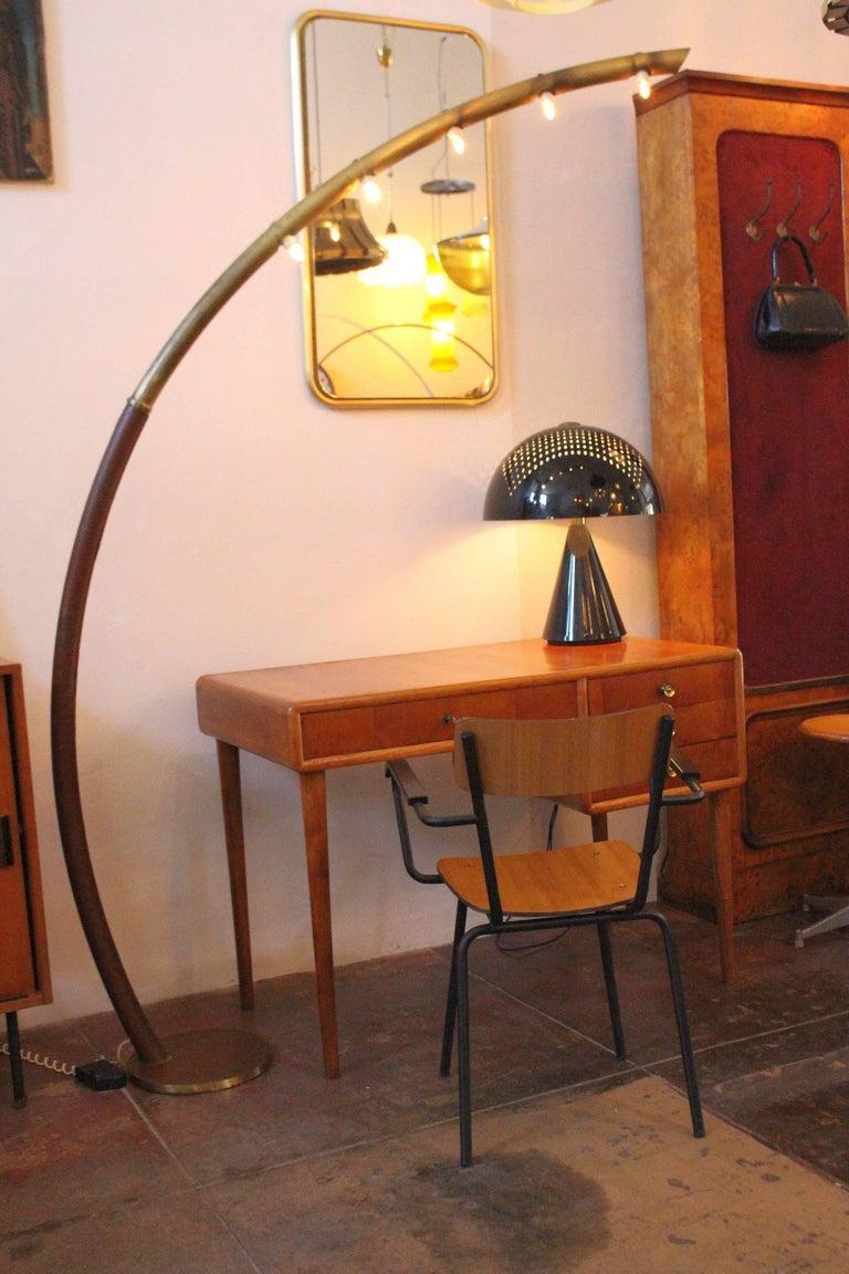 Italian midcentury floor lamp in original vintage condition.
