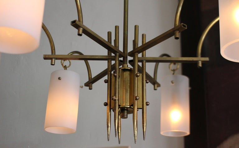 Stilux Milano Italian Brass Chandelier In Excellent Condition For Sale In Los Angeles, CA