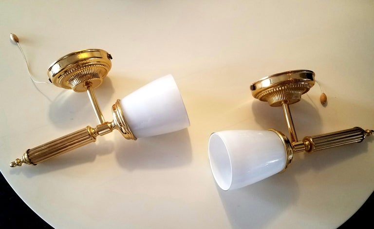 Italian Pair of Wall Sconces In Good Condition For Sale In Los Angeles, CA