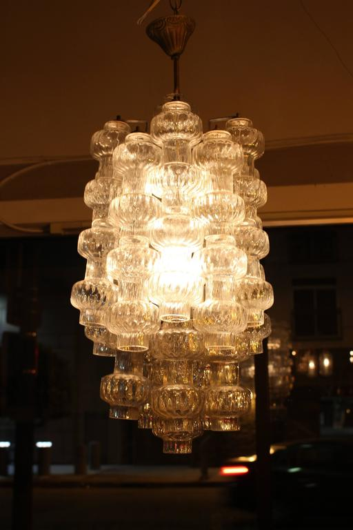 Italian Glass Chandelier by Vetreria Murano In Excellent Condition For Sale In Los Angeles, CA