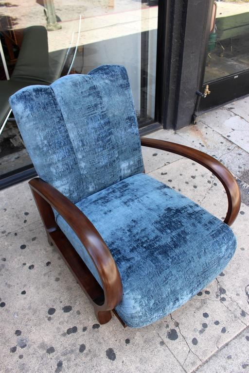 1930s living room set, new reupholstered pair of chairs in Italian cotton velvet  table is in original good condition and the petit table lamp original condition.  Table dimension: H 27, diameter:27.3 inches.  Pls note: Item is located at