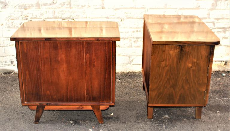Art Deco Austrian Deco Pair of Veneer Nightstands For Sale
