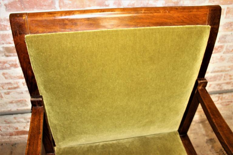 Mid-20th Century 1930s Art Deco Daybed-Chair and the Side Art Deco Table For Sale