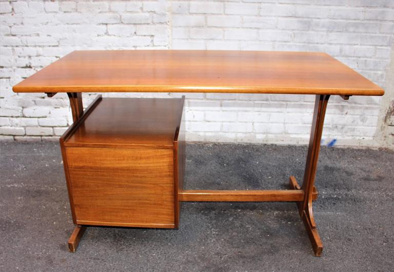 Italian Desk Attributed to Franco Albini 2