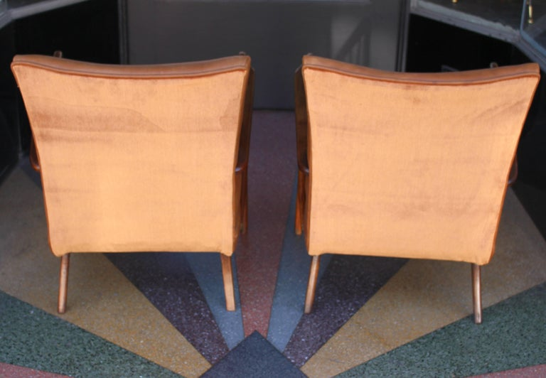 Mid-20th Century Italian Pair of Chairs Attributed to Guglielmo Ulrich For Sale