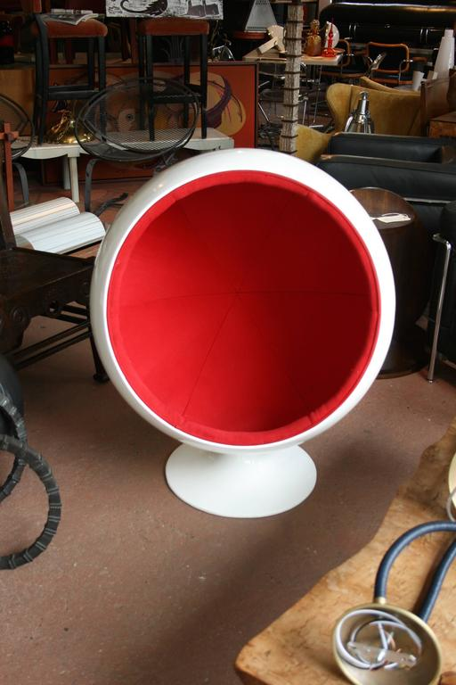 Vintage 1960s Fiberglass Ball Chair For Kids After A Model