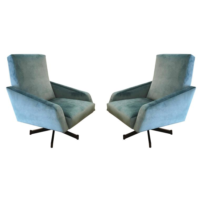 Pair of Italian Mid-Century Swivel Lounge Chairs