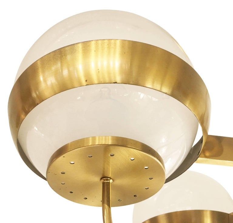 Mid-Century Modern Brass Chandelier by Lamperti, Italy, 1960s For Sale