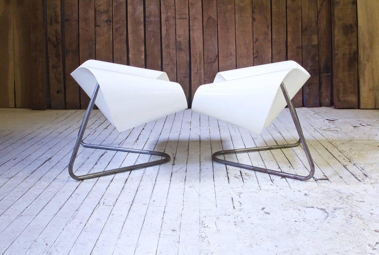 Sculptural, rare CL-9 fiberglass and polished steel lounge chairs by Franca Stagi and Cesare Leonardi for Bernini, 1961. Incredible lines, extremely comfortable; awesome examples of Italian experimental design of the mid-20th century.  (One chair
