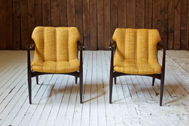 Mid-Century Modern Vintage Pair of Walnut Armchairs by Bertha Schaefer for Singer & Sons, 1960s