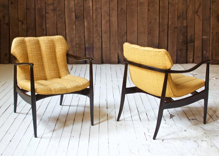 American Vintage Pair of Walnut Armchairs by Bertha Schaefer for Singer & Sons, 1960s