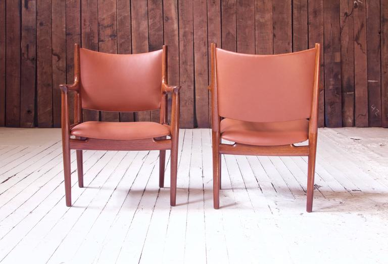 Scandinavian Modern Pair of JH-513 Hans Wegner for Johannes Hansen Teak and Leather Armchairs, 1960s