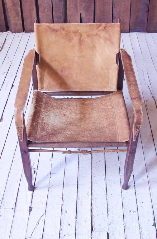 Mid-20th Century Vintage Kaare Klint Leather and Stained Beechwood Safari Chair, 1940s For Sale