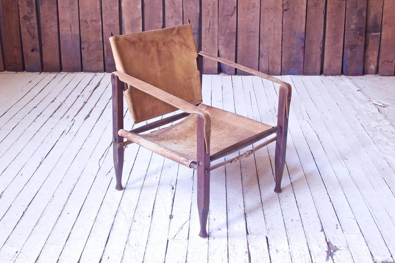 Scandinavian Modern Vintage Kaare Klint Leather and Stained Beechwood Safari Chair, 1940s For Sale