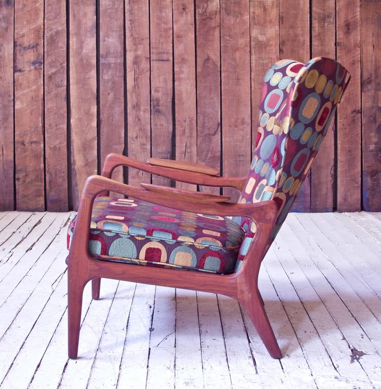 Woodwork Vintage Wingback Lounge Chair in Sculpted Walnut by Adrian Pearsall, 1970s