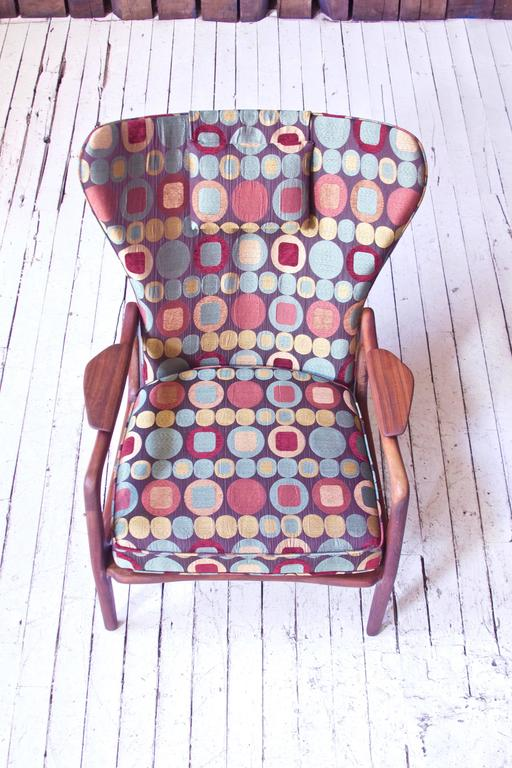 Fabric Vintage Wingback Lounge Chair in Sculpted Walnut by Adrian Pearsall, 1970s