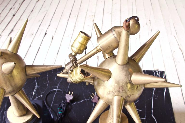 Pair of Patinated Brass & Steel 'Sputnik' Table Lamps; Mexico, 1950s In Good Condition In Brooklyn, NY