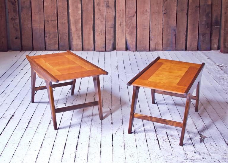 Mid-Century Modern Pair of 'Tavolinetto' End Tables by Angelo Montaperto in Walnut and Cherry, 2017 For Sale