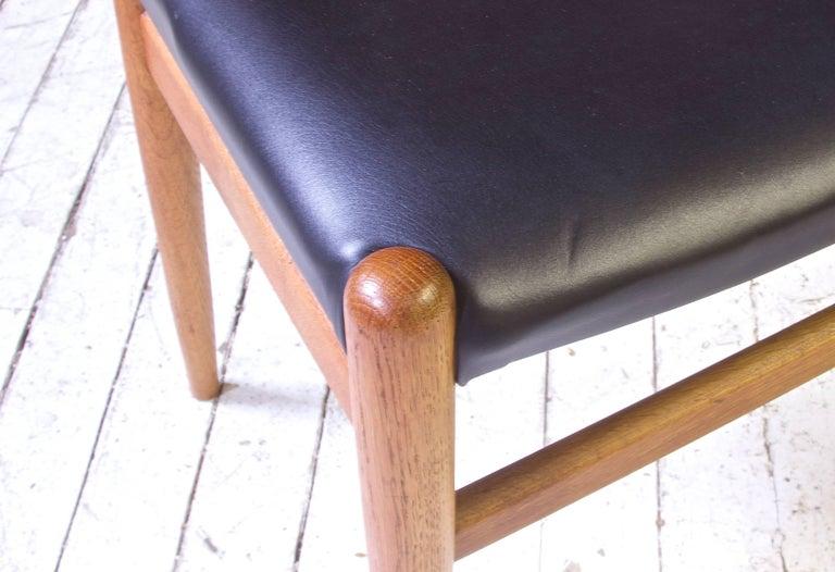 Mid-20th Century Vintage Hans Wegner for C.M. Madsens 'W2' Chair in Oak; Denmark, 1950s For Sale